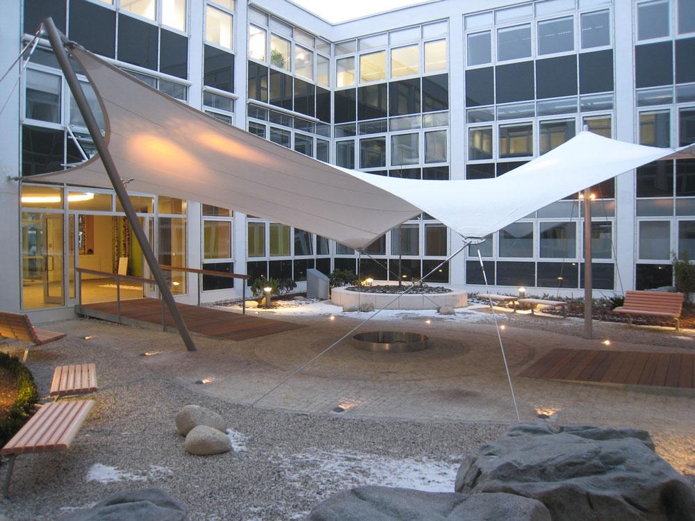 aerosun® 365 Innenhofüberdachung, Objektbau Innenhof