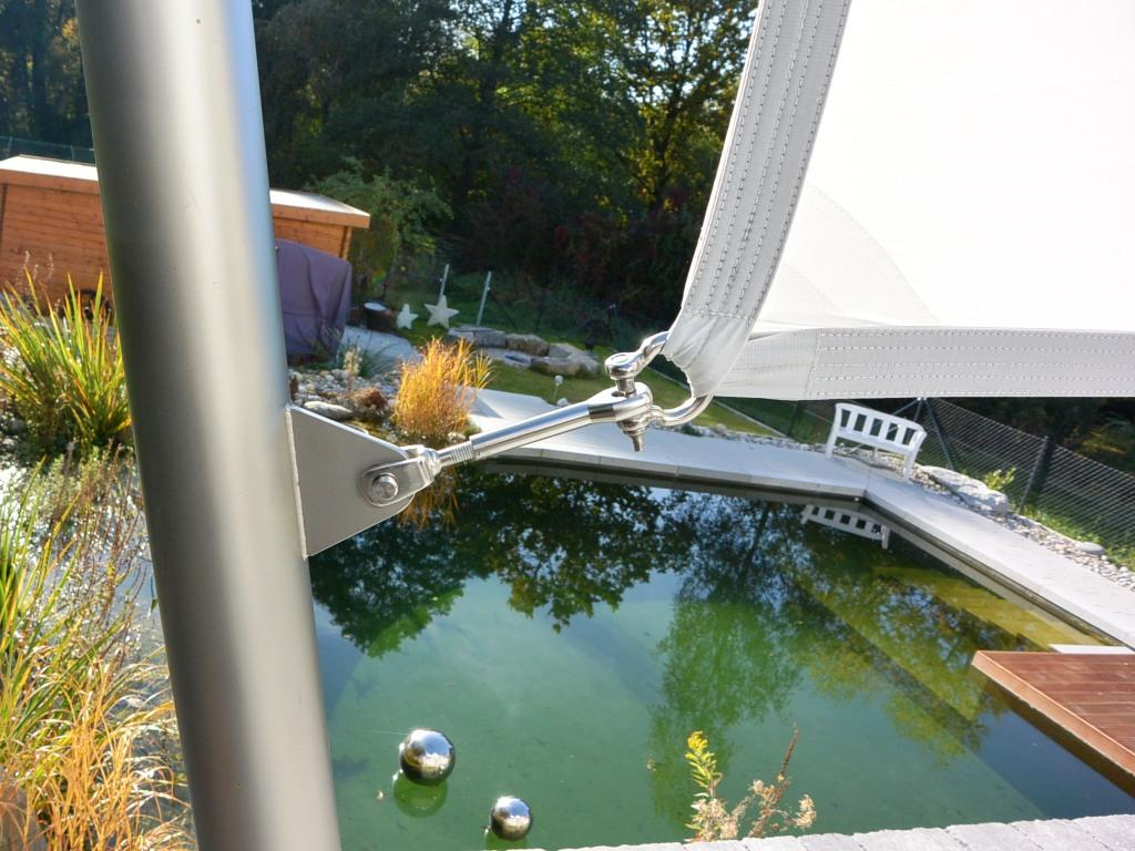 aeronautec- hochwertige Materialien im kompletten Sonnensegel-Konzept