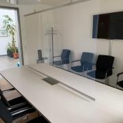 Schutzfolie, Spuckschutz, Gemeindeverwaltungen und verschiedene Büros und Geschäfte investieren in transparenten Schutz vor COVID19